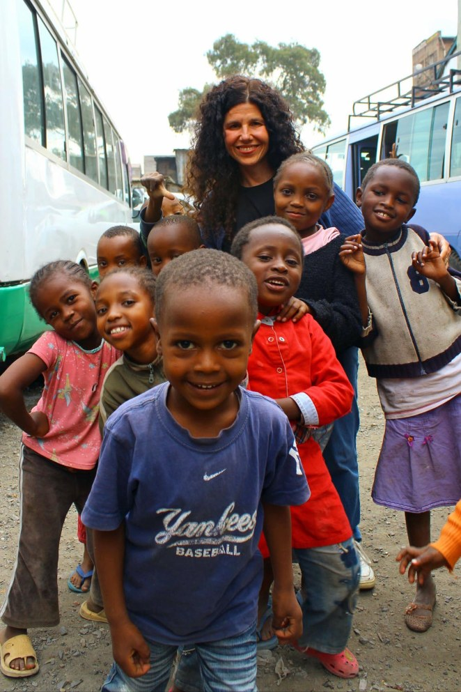 My friend and Pamba Toto co-founder, Debbie Lee, with children in Mathare Valley.