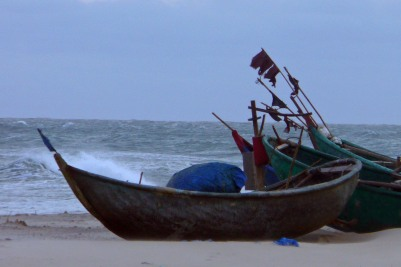 Boats in Vietnam, (c) Colleen Briggs, 2009.