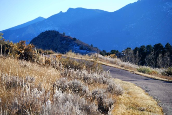 Bike route along Garden of the Gods park (c) Colleen Briggs 2014