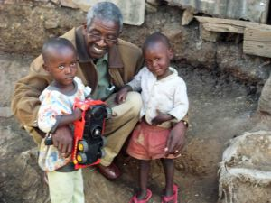 Michael & Laban in Mathare Valley with Pastor Karau, on the day they came home to SoH #2. Photo by Karaus.